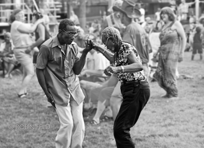 Blues Festival Dayton OH - Dancing BW